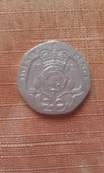 монета Елизавета 2 1982 год